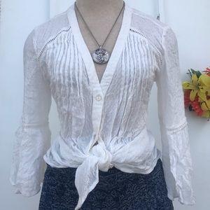 Jessica Simpson Flowy Bell Sleeve top